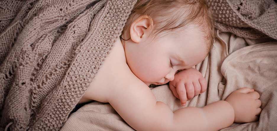 بعد از به دنیا آمدنش، خواب با چشمهایتان خداحافظی کرده است؟