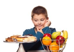 ترفندهای جالب غلبه بر وسوسه تنقلات فرزندان