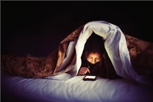 9 اصل که فرزندتان به گوشی موبایل معتاد نشود!